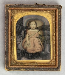 D5957 I5 F unidentified child